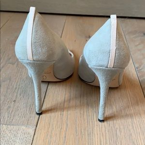 SJP by Sarah Jessica Parker Shoes - Grey suede pumps